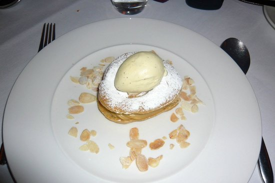 Conor's Bar:                   Choux Pastry Filled With Wild Berries & Almonds & Vanilla Ice Cream