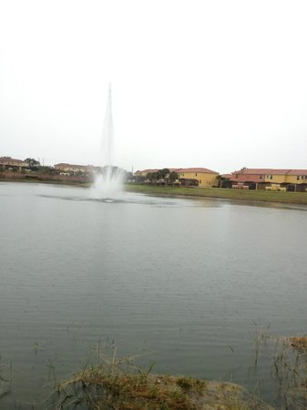 Encantada -The Official CLC World Resort: lake surounded by townhouses