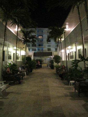 Hotel18: cour intérieure