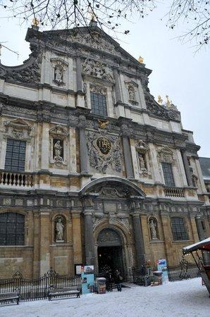 Carolus Borromeus Church: Exterior Carolus Borromeus