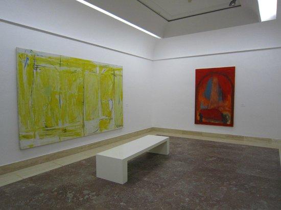Museu d'Art Espanyol Contemporani - Fundacion Juan March: Colourful works