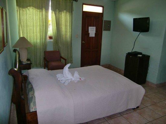 Hotel Sol Y Luna:                   room