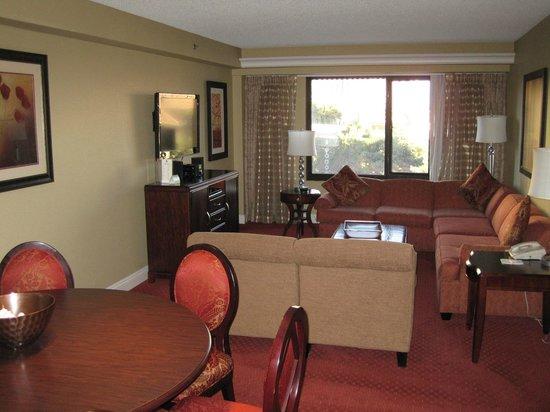 Jockey Club: Livingroom