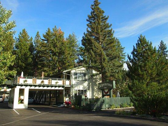 Alpenrose Inn:                   Sehr schönes, kleines Hotel!