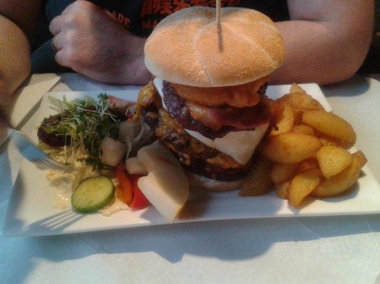Foxhound Inn:                   Belly Buster Burger