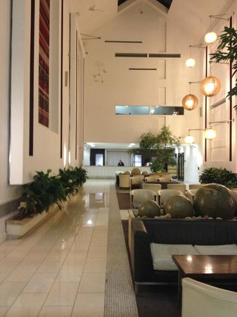 Cavan Crystal Hotel: Reception Area