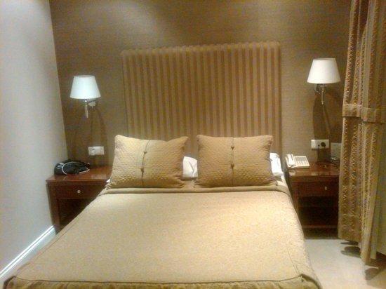 Hera Hotel:                   Small room