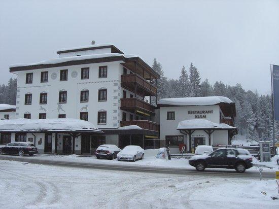 Kessler's Kulm Hotel:                   Hotel front