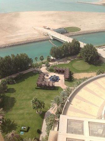 The Ritz-Carlton, Doha:                   Vista desde el balcon.Planta 15.