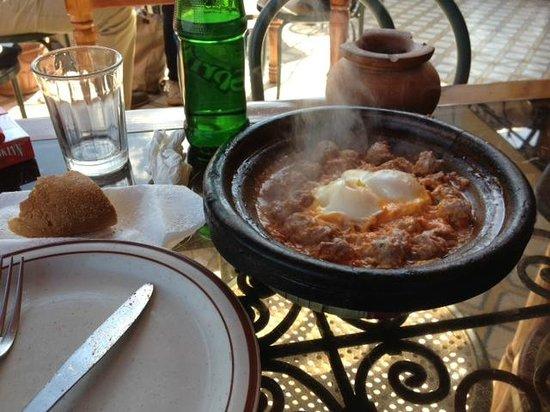 Cafe Terrasse Palais El Badia :                   le kefta