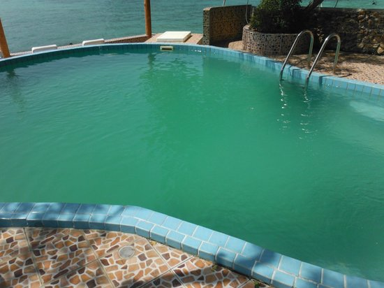 Phi Phi Don Chukit Resort: Green pool