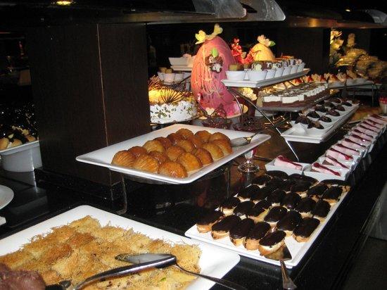 Limak Lara De Luxe Hotel&Resort:                   Restaurant