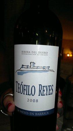 Los Enebros:                   Amazing wine