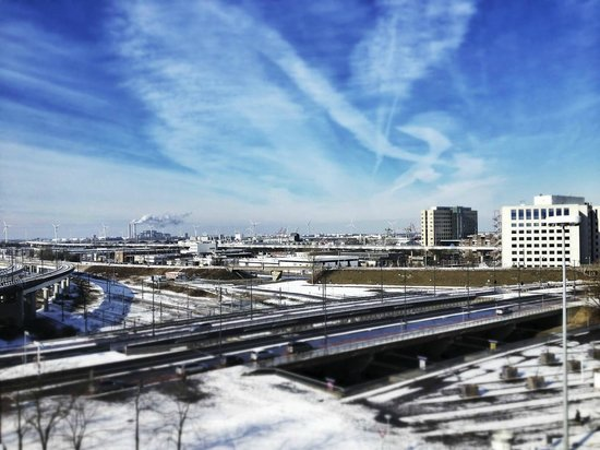 Holiday Inn Express Amsterdam-Sloterdijk Station: The view from our room!