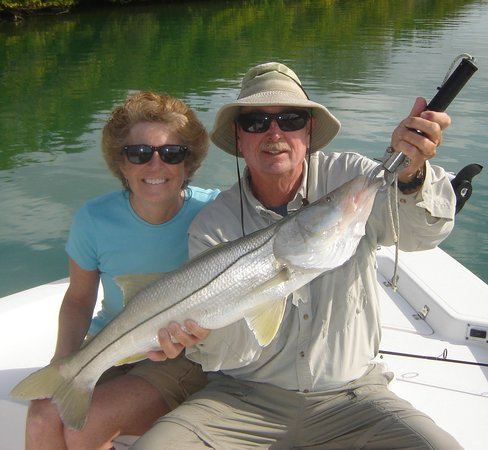Lucky Dawg Fishing Charters: Robin's Great Sarasota Snook
