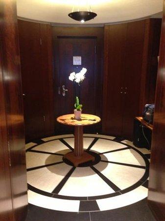 阿德羅恩坎品斯基酒店照片