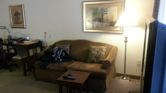 Staybridge Suites Indianapolis - City Centre: Pull out couch