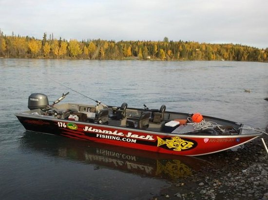 Jimmie Jack's Alaska Lodge: Willie Boats - Simply The Best