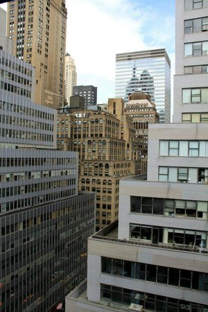 NH New York Jolly Madison Towers:                                                       vista dall hotel