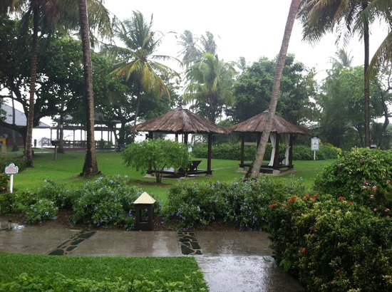 Sandals Halcyon Beach Resort:                                                       View from our room. Yes it is raining but