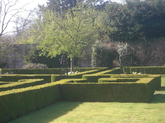 Bodysgallen Hall & Spa:                   the formal garden
