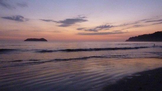 Hotel Verde Mar:                                     beach