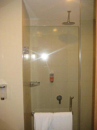 favehotel Umalas: rain shower