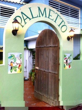 Palmetto Guesthouse:                                     l'ingresso