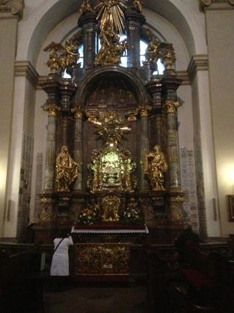 Church of Our Lady Victorious - Holy Child of Prague: stunning!