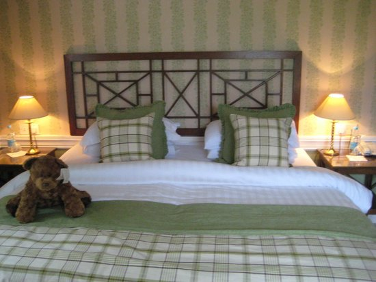 Cavendish Hotel:                   Pretty bed--super uncomfortable