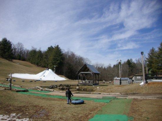 Scaly Mountain Outdoor Center:                   mal estado de las atracciones