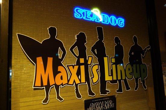 Maxi's Lineup