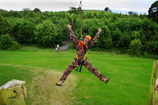 Loughcrew Adventure Centre: Hens on the Zip