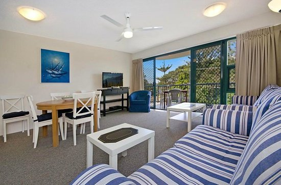 Fairseas Apartments: 3 bedroom living and dining with views over Caloundra Pumicestone Passage
