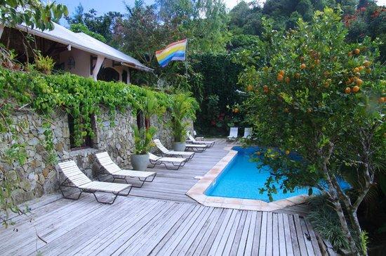 Villa Rainbow:                                                                                           Piscin