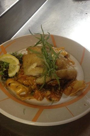 Amari Bar & Ristorante: seafood bolognese with red snapper
