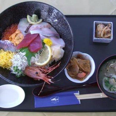 Mani Modern Cuisine Photo