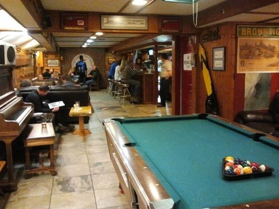 Izaak Walton Inn:                   Izaak Walton Whistle Stop Bar