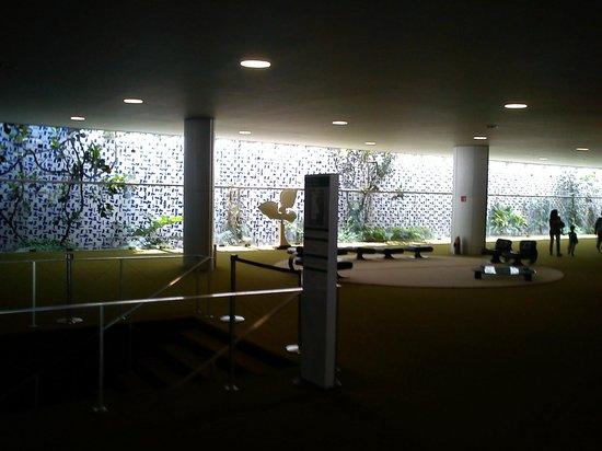 Congresso Nacional:                   Salão Verde - Painel de Athos Bulcão