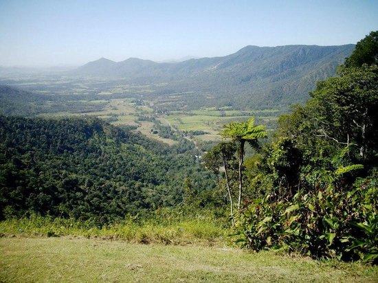 Eungella Mountain Edge Escape:                   What a view