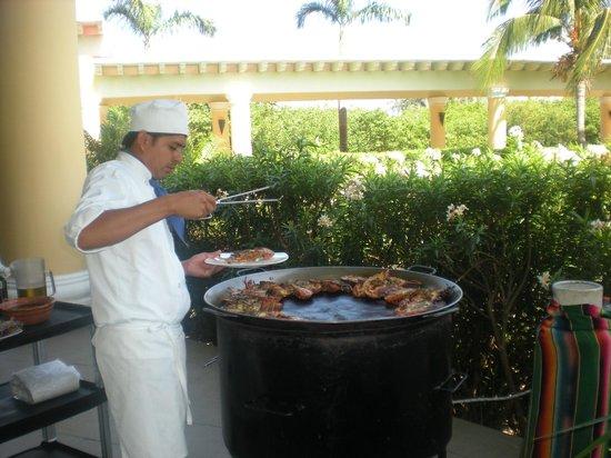 Iberostar Grand Hotel Paraiso: BBQ Lobster