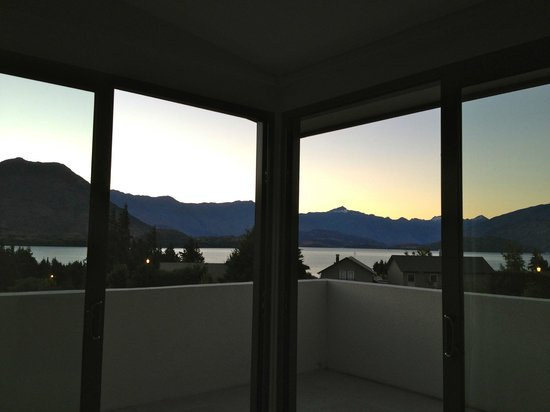 Tiritiri Lodge:                   View of Lake Wanaka from my bedroom
