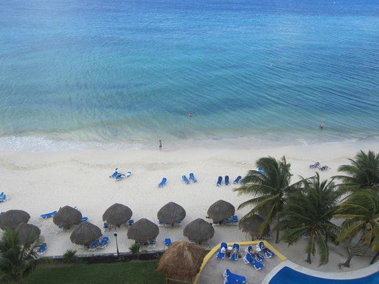 Meliá Cozumel Golf - All Inclusive:                   Oceanfront beach view from 9th floor
