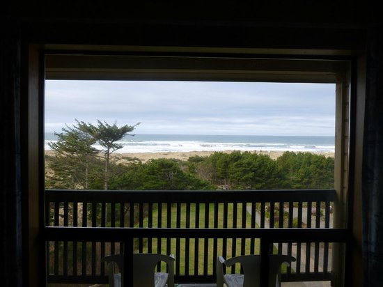 Gold Beach Inn:                   Morning from room