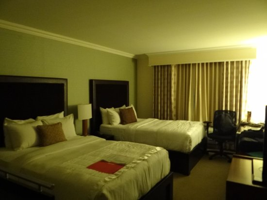 Westminster Hotel:                   Room
