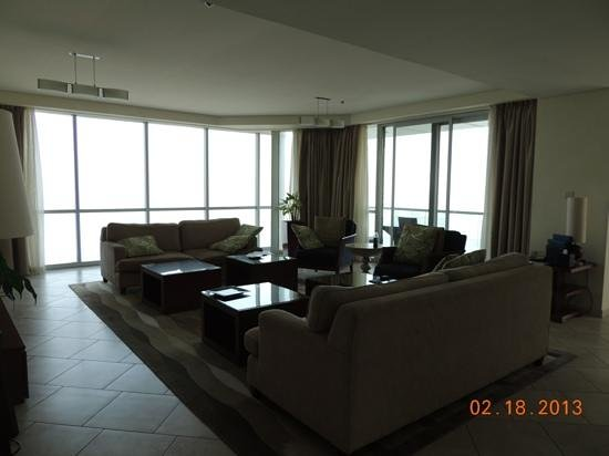 JA Oasis Beach Tower:                   Living room/common area