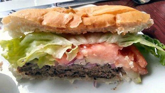Alexander's Restaurant & Bar : Burger