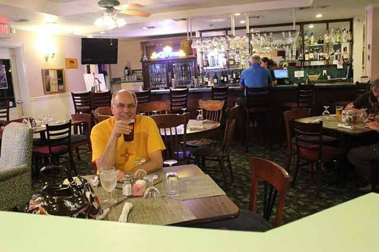 The Hotel Redland: Bar area
