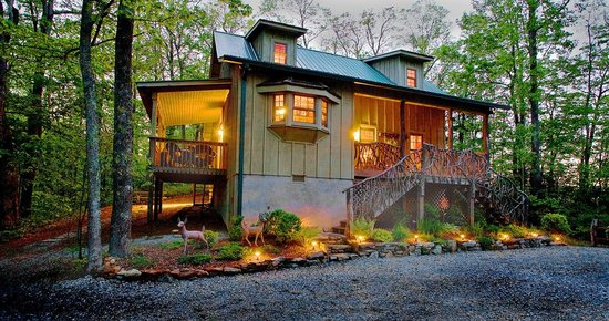 Photo of Cabins at Seven Foxes Lake Toxaway