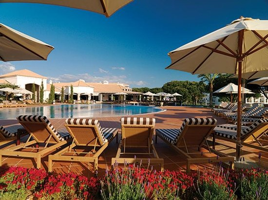 Pine Cliffs Residence, a Luxury Collection Resort:                   pool